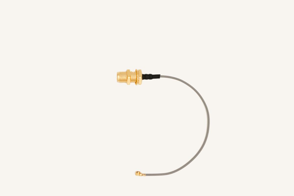 Pigtail Verbindungskabel SMA85MHF-1.13MM-100MM